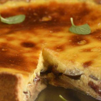 Slivkový koláč  s vanilkovým krémom