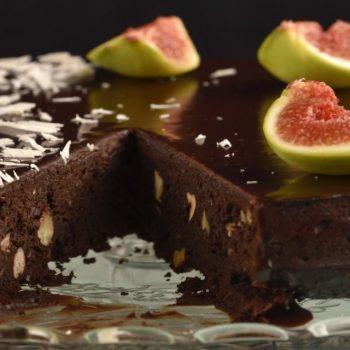 Fazuľový brownie koláč bez múky