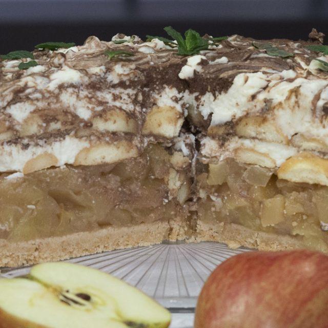 Nepečená mramorovo-tvarohová torta s jablkami
