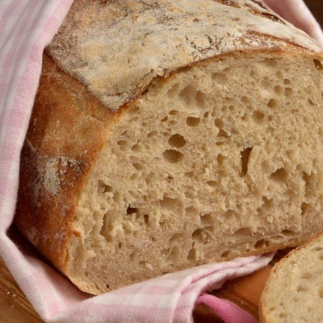 Biely kváskový chlieb