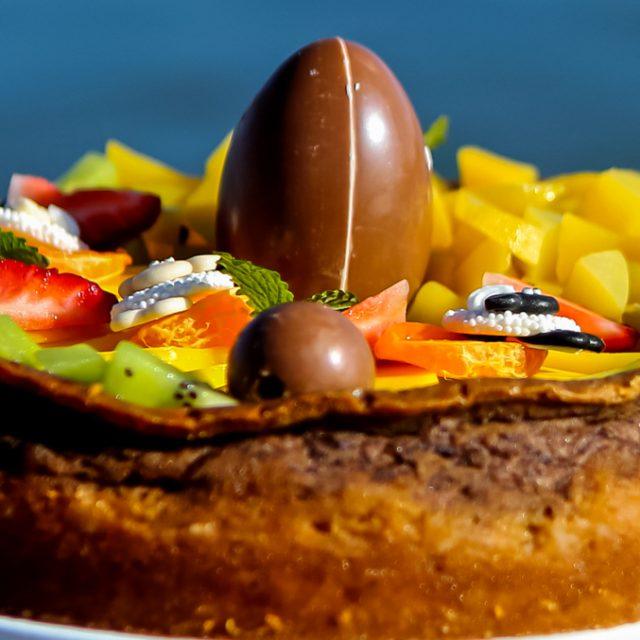 Veselý veľkonočný cheesecake